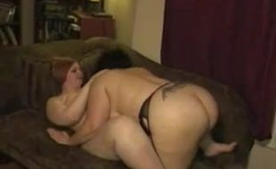 Vídeo caseiro com gordinhas lésbicas