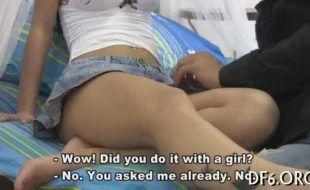 Tirando o cabaço da namorada