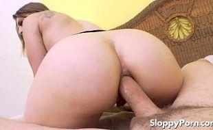 Sexlog anal pesado com loirinha do cuzão lindo